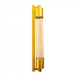Aplique de pared, armazón de latón en acabado satinado, 1 luz, con difusor de cristal transparente.