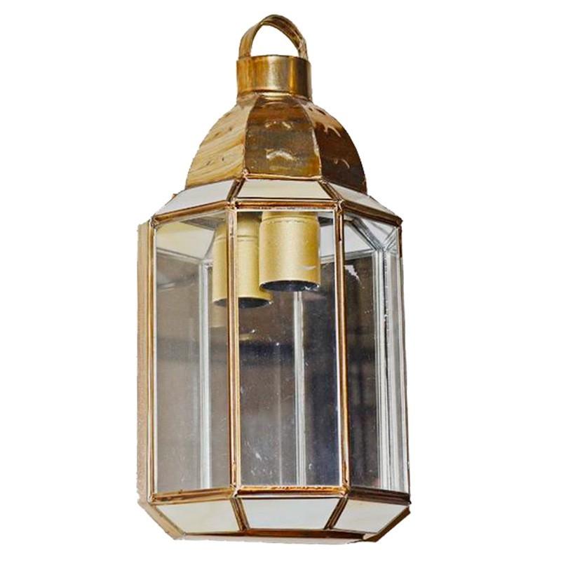Aplique de pared granadino, armazón metálico en acabado dorado, 1 luz, con cristal opalina y transparente