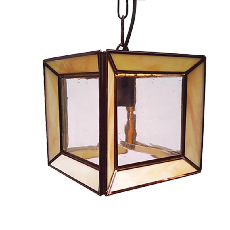 Lámpara de techo farol, estilo granadino, armazón metálico en acabado dorado, 1 luz, con difusor de cristales