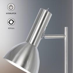 Lámpara Pie de Salón, Serie Lumiere, en acabado níquel satinado, con pantalla metálico, con interruptor, luminaria orientable.