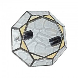 Lámpara de techo plafón, estilo granadino, en acabado negro, con cristal opalina y translucido.